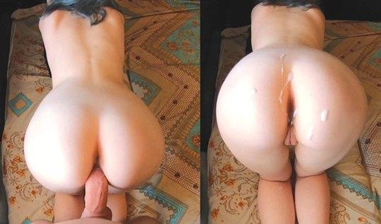 Домашняя ебля рачком на полу комнаты приносит девушке с синими волосами сперму